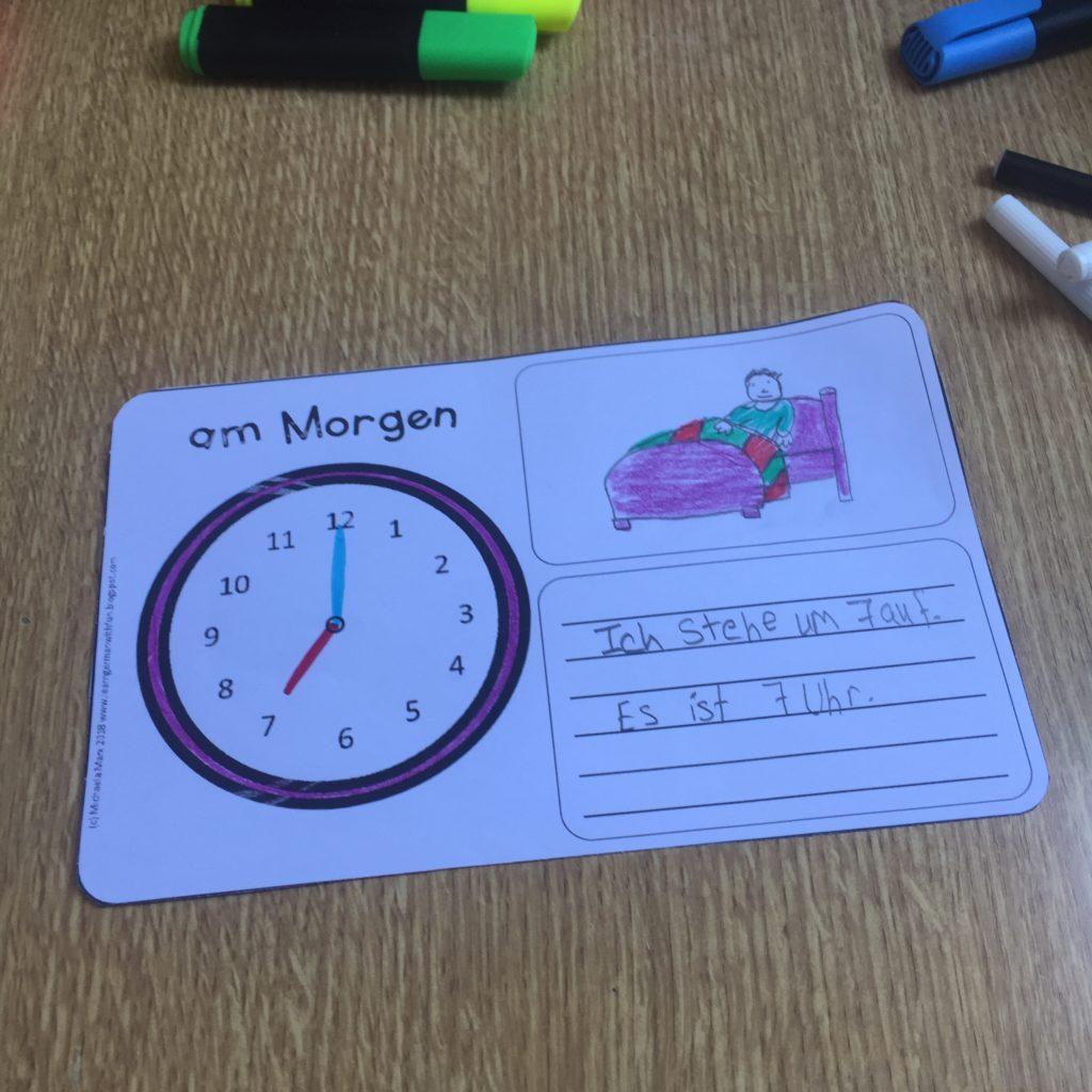 Übungsheft für die Grundschule zu Uhrzeit und Tagesablauf